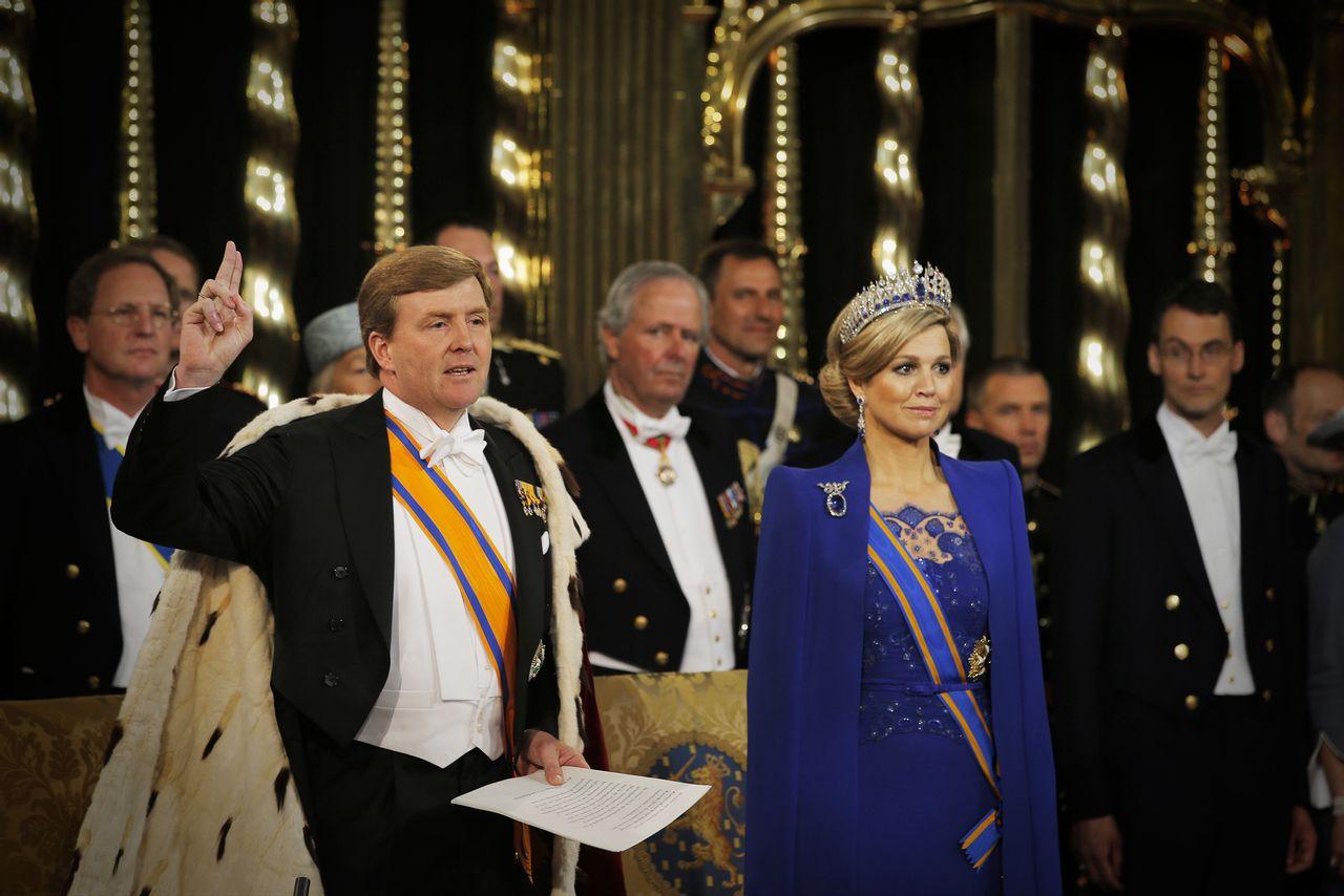 Willem Alexander legt eed af